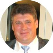 Валерий Константинович — частный инструктор по вождению