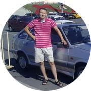 Артур — частный инструктор по вождению