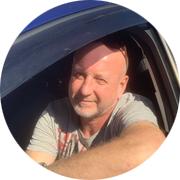 Антон Алексеевич — частный инструктор по вождению