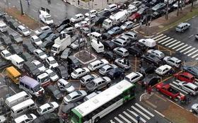 Особенности вождения в плотном транспортном потоке