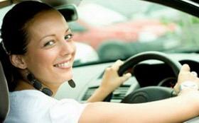 Женщина — автоинструктор, ей можно доверять?