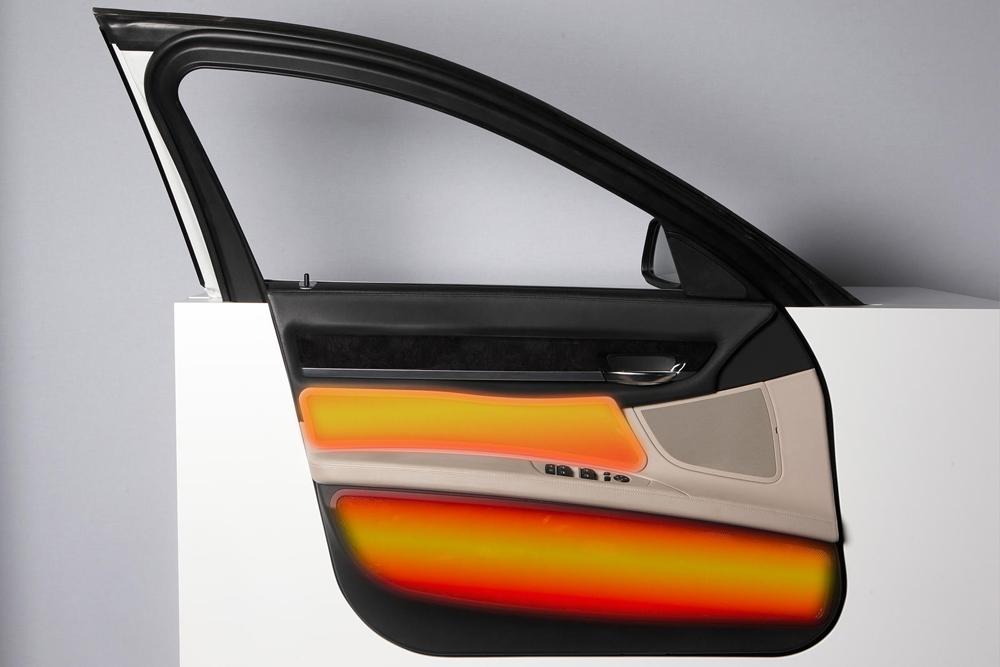 BMW будет греть водителей инфракрасными лампами