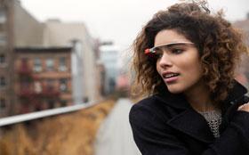 Великобритания запретила пользоваться очками Google Glass за рулем